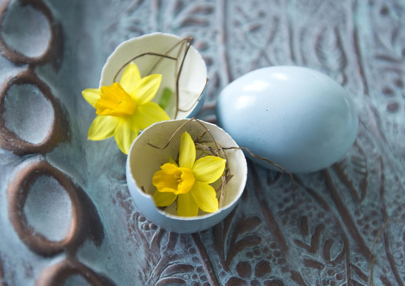 Minipårklilja, Växter som skapar påskstämning